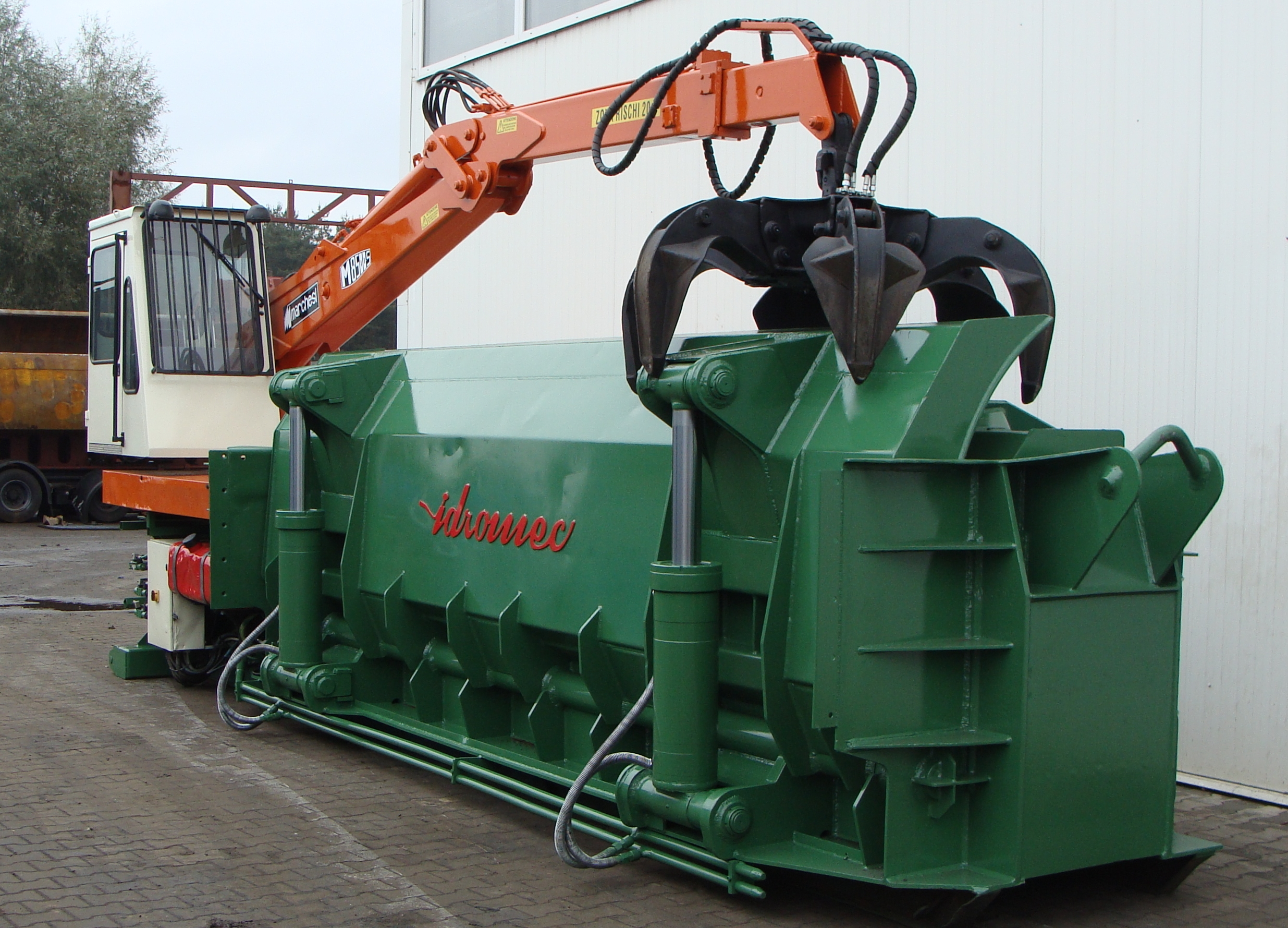 Machines for metal recycling
